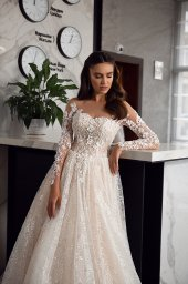 Wedding dresses Kimberly Collection  Gloss  Silhouette  A Line  Color  Blush  Ivory  Neckline  Sweetheart  Sleeves  Long Sleeves  Fitted  Train  With train - foto 2