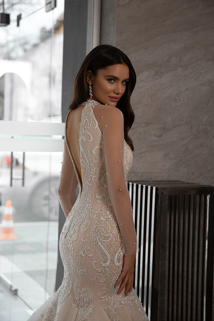 Wedding dresses Nicol Collection  Gloss  Silhouette  Mermaid  Color  Blush  Ivory  Neckline  Sweetheart  Halter  Sleeves  Long Sleeves  Fitted  Train  With train - foto 4