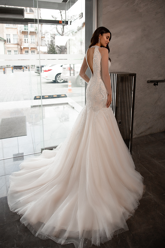 Wedding dresses Nicol Collection  Gloss  Silhouette  Mermaid  Color  Blush  Ivory  Neckline  Sweetheart  Halter  Sleeves  Long Sleeves  Fitted  Train  With train - foto 3