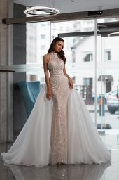 Wedding dresses Vanessa Collection  Gloss  Silhouette  Fitted  A Line  Color  Blush  Ivory  Neckline  Halter  Sleeves  Wide straps  Train  Detachable train  With train - foto 2