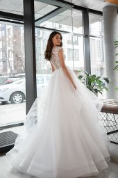 Wedding dresses Vendi Collection  Gloss  Silhouette  A Line  Color  Ivory  Neckline  Scoop  Illusion  Sleeves  Wide straps  Train  With train - foto 3