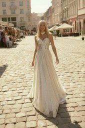 Wedding dresses Celine Collection  City Passion  Silhouette  A Line  Color  Silver  Ivory  Neckline  Sweetheart  Sleeves  Sleeveless  Train  With train - foto 2