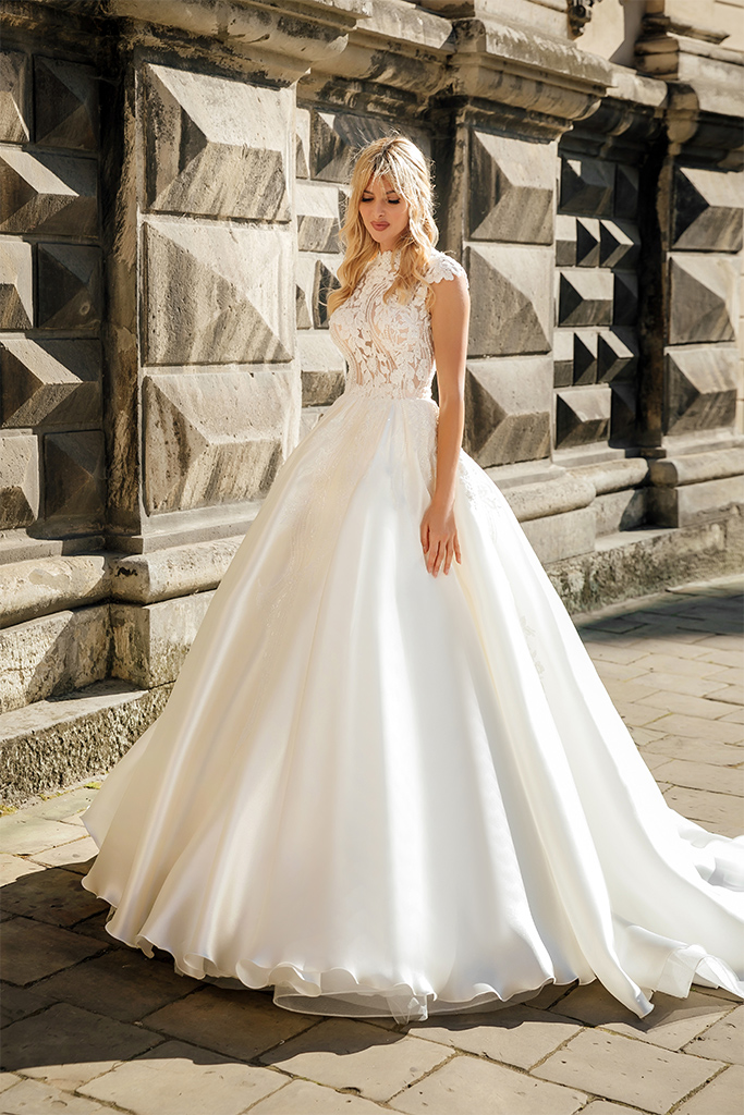 Wedding dresses Bethany Collection  City Passion  Silhouette  A Line  Color  Blush  Ivory  Neckline  Mandarin  Sleeves  Petal  Train  With train - foto 6