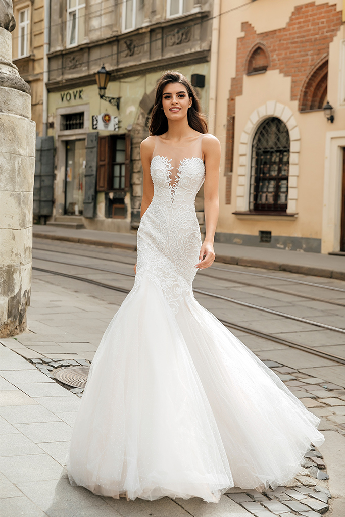 Wedding dresses Melania-1 Collection  City Passion  Silhouette  Fitted  Color  Ivory  Neckline  Portrait (V-neck)  Sleeves  Illusion Straps  Train  With train - foto 4