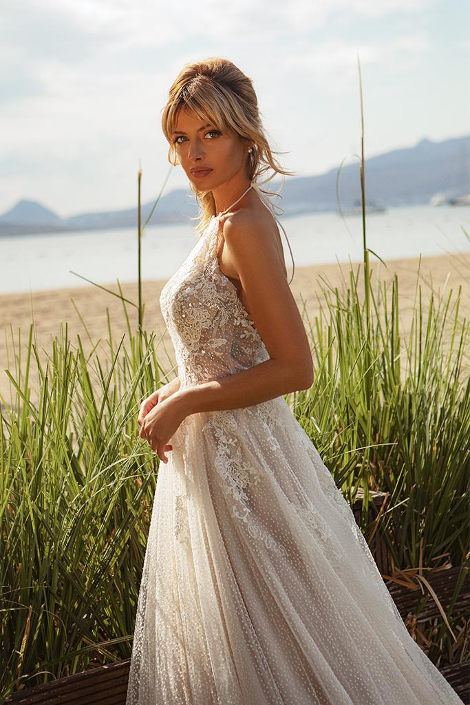 Wedding dresses Angela Silhouette  A Line  Color  Ivory-blush  Neckline  Halter  Sleeves  Sleeveless  Train  With train - foto 5
