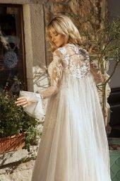Wedding dresses Angela Silhouette  A Line  Color  Ivory-blush  Neckline  Halter  Sleeves  Sleeveless  Train  With train - foto 4