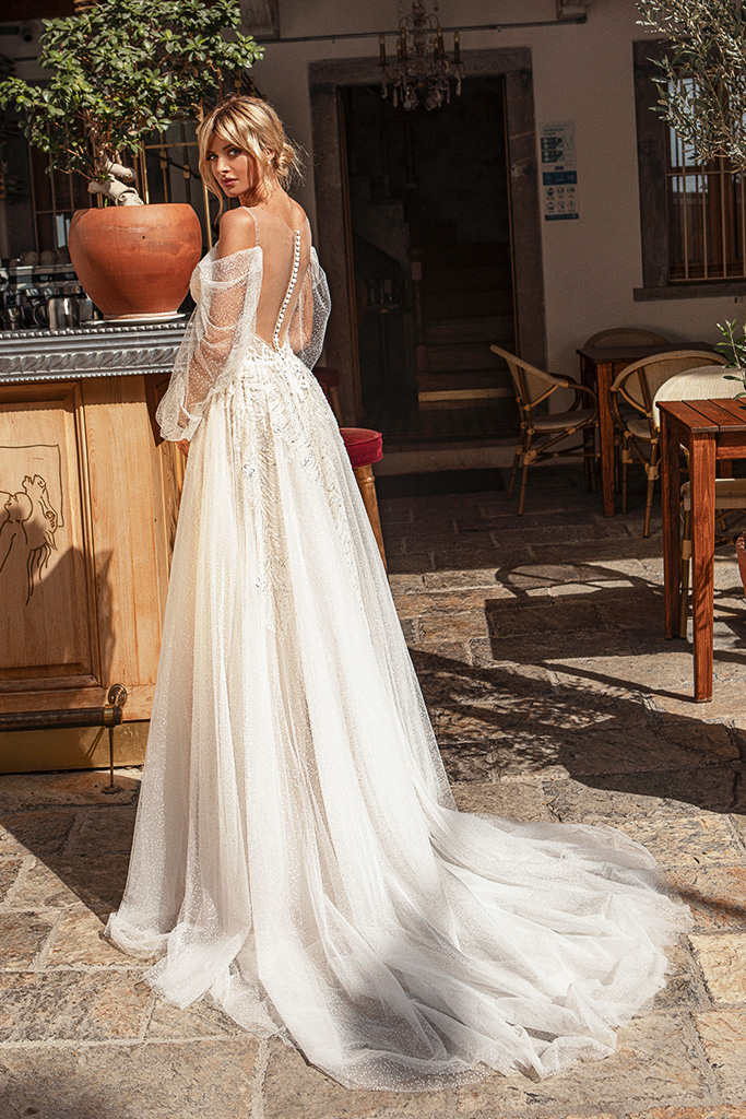 Wedding dresses Cecil Silhouette  A Line  Color  Ivory-blush  Neckline  Sweetheart  Sleeves  Detachable  Train  With train - foto 3