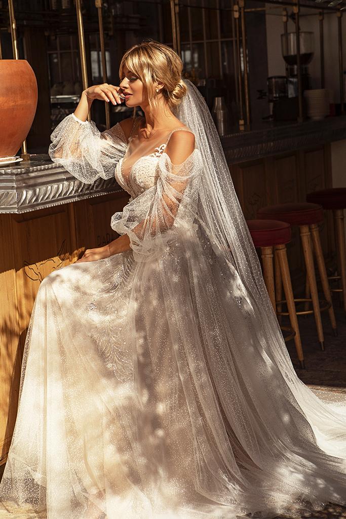 Brautkleider Cecil Silhouette  A-Silhouette  Farbe  Pudrig  Cremeweiß   Ausschnitt  Herz  Ärmel  abnehmbare Ärmel  Schweif  Mit Schleppe - foto 2