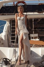 Wedding dresses Ester Silhouette  Fitted  Color  Blush  Ivory  Neckline  Sweetheart  Sleeves  Wide straps  Train  With train - foto 5
