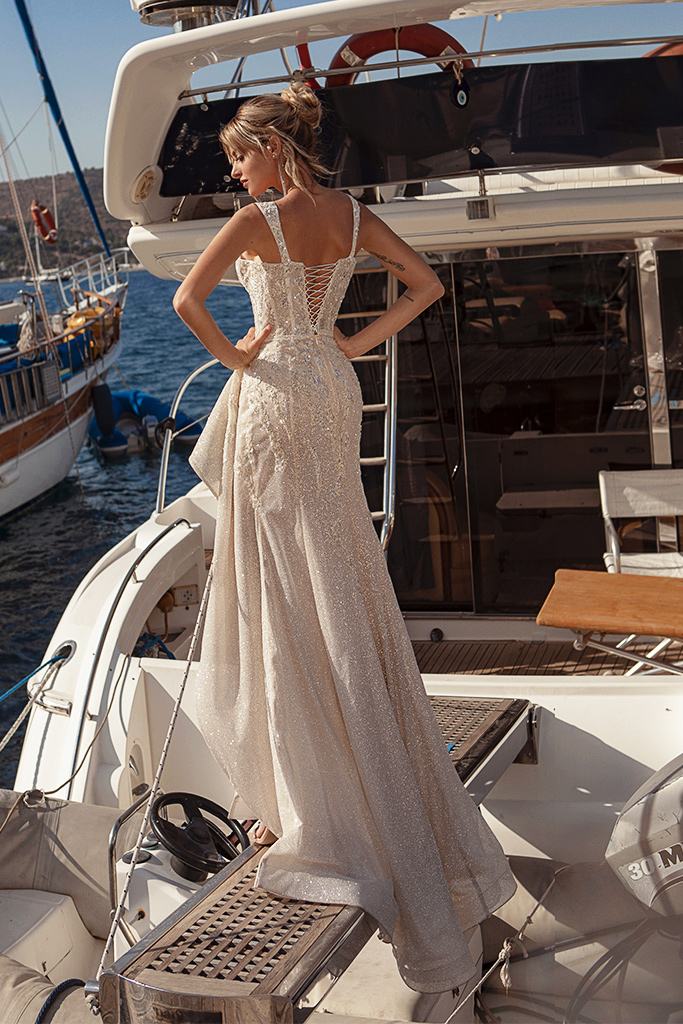 Wedding dresses Ester Silhouette  Fitted  Color  Blush  Ivory  Neckline  Sweetheart  Sleeves  Wide straps  Train  With train - foto 4