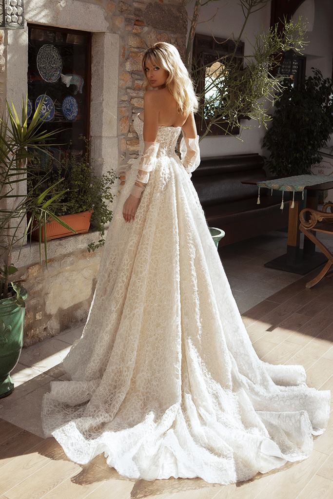 Wedding dresses Faith Silhouette  A Line  Color  Ivory-blush  Neckline  Sweetheart  Sleeves  Detachable  Train  With train - foto 2