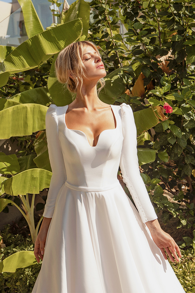 Wedding dresses Lenny Silhouette  A Line  Color  Ivory  Sleeves  Long Sleeves  Train  With train - foto 2