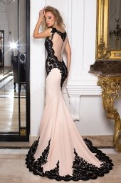Evening Dresses 1029 Silhouette  Fitted  Color  Pink  Black  Neckline  Illusion  Bateau (Boat Neck)  Sleeves  Wide straps  Train  With train - foto 3