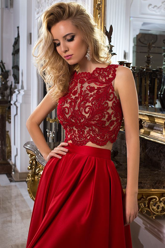 Evening Dresses 1033-1 Silhouette  A Line  Color  Red  Neckline  Bateau (Boat Neck)  Sleeves  Wide straps  Train  With train - foto 2