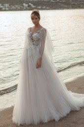 Wedding dresses Ramina Silhouette  A Line  Color  Ivory-blush  Neckline  Scoop  Sleeves  Detachable  Train  With train - foto 2