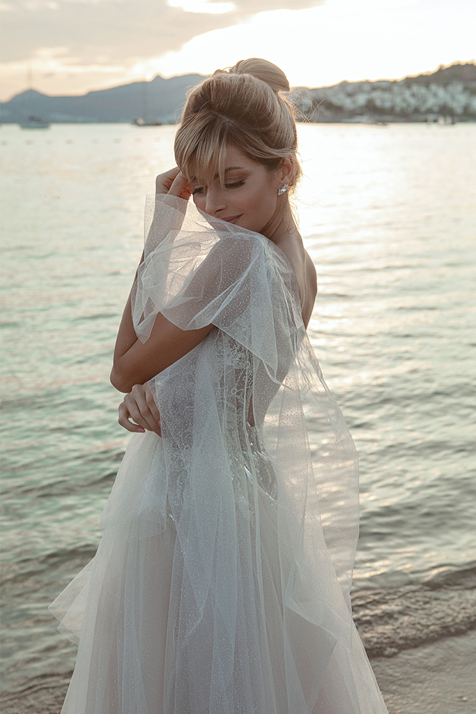 Wedding dresses Ramina Silhouette  A Line  Color  Ivory-blush  Neckline  Scoop  Sleeves  Detachable  Train  With train - foto 7