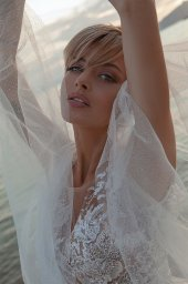 Wedding dresses Ramina Silhouette  A Line  Color  Ivory-blush  Neckline  Scoop  Sleeves  Detachable  Train  With train - foto 6