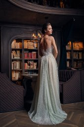 Evening Dresses 1239 Silhouette  A Line  Color  Nude  Green  Neckline  Sweetheart  Sleeves  Wide straps  Off the Shoulder Sleeves  Train  With train - foto 4