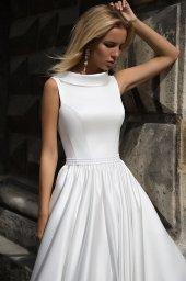 Suknie ślubne Yvette Kolekcja  Supreme Classic  Sylwetka  Balowa suknia   Kolor  Kremowy  White  Dekolt  Dekolt w łódkę  Rękawy  Szerokie ramiączka  Flex  Z trenem - foto 2