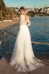 Wedding dresses Sandy Color  Ivory  Neckline  Scoop  Sleeves  Long Sleeves  Train  With train - foto 4