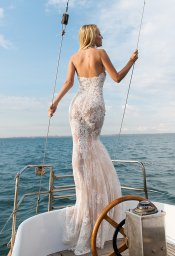 Wedding dresses Caprice Collection  Voyage  Silhouette  Fitted  Color  Ivory  Neckline  Halter  Sleeves  Sleeveless  Train  With train - foto 3