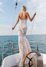 Wedding dresses Caprice Collection  Voyage  Silhouette  Fitted  Color  Ivory  Neckline  Halter  Sleeves  Sleeveless  Train  With train - foto 4