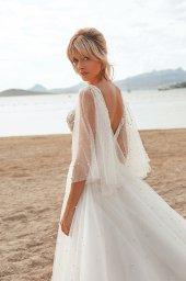 Wedding dresses Yuna Silhouette  A Line  Color  Ivory-blush  Neckline  Portrait (V-neck)  Sleeves  Detachable  Wide straps  Train  With train - foto 5