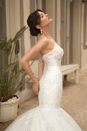 Wedding dresses Aurora Silhouette  Fitted  Color  Ivory  Neckline  Sweetheart  Sleeves  Sleeveless  Train  With train - foto 5