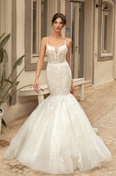 Wedding dresses Aurora Silhouette  Fitted  Color  Ivory  Neckline  Sweetheart  Sleeves  Sleeveless  Train  With train - foto 3