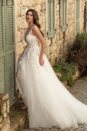 Wedding dresses Emilia Silhouette  A Line  Color  Ivory-blush  Neckline  Scoop  Sleeves  Strapless  Train  With train - foto 4