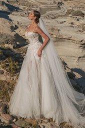 Wedding dresses Franceska Silhouette  A Line  Color  Ivory  Neckline  Sweetheart  Sleeves  Spaghetti Straps  Train  With train - foto 4
