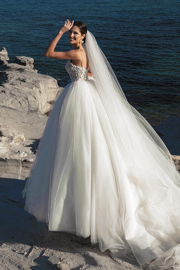 Suknie ślubne Ariella Sylwetka  Princessa  Dekolt  Z ramiączkami - foto 4
