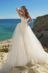 Wedding dresses Iman Silhouette  Fitted  Color  Ivory  Neckline  Straps  Train  Detachable train - foto 6