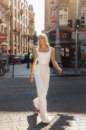 Wedding dress Dezire Color  Ivory  Neckline  Square  Sleeves  Wide straps  Train  No train - foto 3