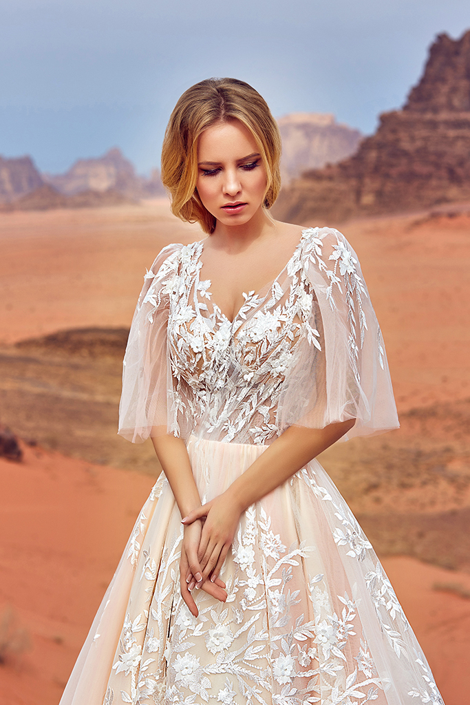 Wedding dress Jadice Silhouette  A Line  Color  Cappuccino  Neckline  Sweetheart  Sleeves  Detachable  Train  With train - foto 5