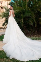 Wedding dress Jenny  Silhouette  A Line  Color  Ivory  Neckline  Sweetheart  Sleeves  Sleeveless  Train  With train - foto 5