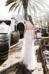 Wedding dress Lutecia Silhouette  A Line  Color  Cappuccino  Neckline  Scoop  Sleeves  Long Sleeves  Train  No train - foto 3