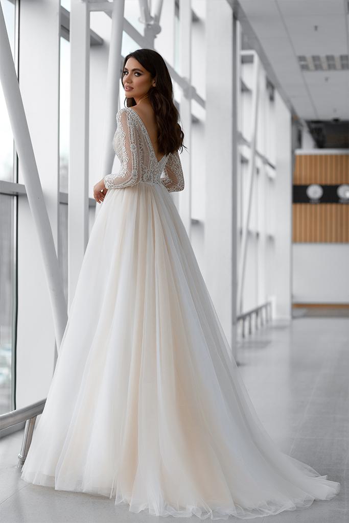 Wedding dress Marlen 侧影  A剪影  颜色   脸红   象牙  切口  甜心形状  袖子   长袖  拖地后襟  有 衣服的可拆卸系 - foto 2