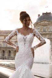 Wedding dress Marion  Silhouette  Mermaid  Color  Cappuccino  Ivory  Neckline  Sweetheart  Sleeves  Long Sleeves  Train  With train - foto 2