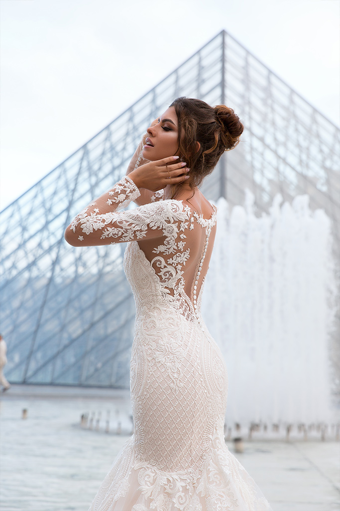 Wedding dress Marion  Silhouette  Mermaid  Color  Cappuccino  Ivory  Neckline  Sweetheart  Sleeves  Long Sleeves  Train  With train - foto 5