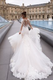Wedding dress Marion  Silhouette  Mermaid  Color  Cappuccino  Ivory  Neckline  Sweetheart  Sleeves  Long Sleeves  Train  With train - foto 4