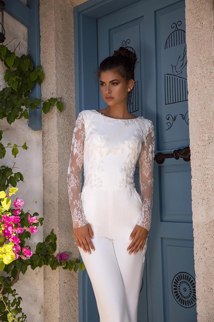 Wedding dress Milano  Color  Ivory  Neckline  Bateau (Boat Neck)  Sleeves  Long Sleeves  Train  Detachable train - foto 4