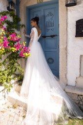 Wedding dress Milano  Color  Ivory  Neckline  Bateau (Boat Neck)  Sleeves  Long Sleeves  Train  Detachable train - foto 3