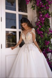 Wedding dress Miranda  Silhouette  A Line  Color  Cappuccino  Ivory  Neckline  Sweetheart  Sleeves  Long Sleeves  Train  With train - foto 4