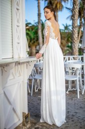 Wedding dresses Ennis Collection  Fresh Touch  Silhouette  Empire  Color  Ivory  Neckline  Sweetheart  Sleeves  Long Sleeves  Fitted  Train  No train - foto 4