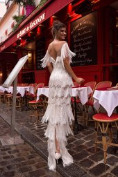 Wedding dress Uma Silhouette  Sheath  Color  Ivory  Neckline  Sweetheart  Train  No train - foto 3