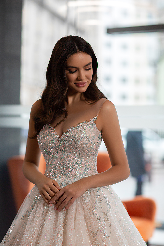 Wedding dress Cherry  Silhouette  A Line  Color  Ivory  Neckline  Sweetheart  Sleeves  Sleeveless  Train  No train - foto 3