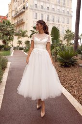 Wedding dress Sharon Silhouette  A Line  Color  Ivory  Neckline  Scoop  Sleeves  T-Shirt - foto 2