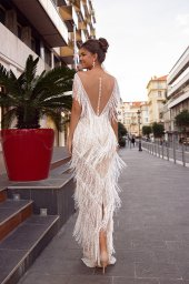 Wedding dress Texas Silhouette  Sheath  Color  Ivory  Neckline  Sweetheart  Sleeves  Sleeveless  Train  No train - foto 2