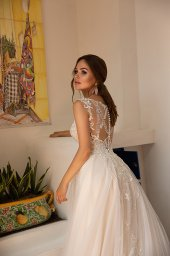 Wedding dress Lindsey Silhouette  A Line  Color  Ivory  Neckline  Sweetheart  Sleeves  Detachable  Train  With train - foto 4